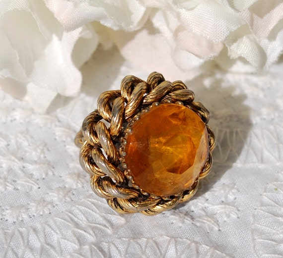 Vintage Cocktail Ring, Orange Citrine Rhinestone / Glass Crystal, HUGE Big Large, Gold Braid, 1960s Mad Men, Summer Fall Jewelry
