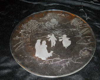 Smith Crystal Glass Plate Old Folk Scene , in Original Box,. Very Nice!