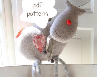 Funny reindeer pattern - reindeer pattern- pdf pattern- Crhsitmas reindeer pattern- Reindeer softie pattern