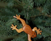 FROG LEGGY Christmas ORNAMENT Carving