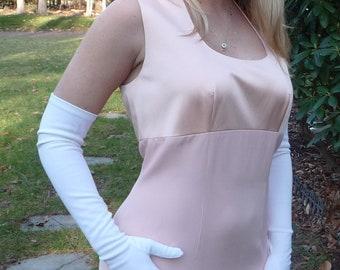 nwt Peach All Silk Gown- Designer Henri Bendel- Pastel Empire Waist Sleeveless Sheath- Scoop Neck- Classic Formal Evening Full Length- Women