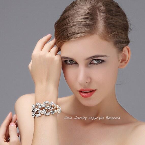 Vintage Rhinestone Pearl Bridal Wedding Bracelet Jewelry, Ivory Swarovski Pearl Wedding Cuff Bracelets, B011 Bride Bridesmaids Jewellery