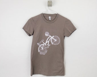 Women's t-shirt organic bike print That's how I roll ladies tee shirt screen printed bicycle