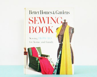 Full Color Vintage Sewing Book / Mid Century Sewing Tutorials / Brightly Illustrated Book / Vintage Sewing Patterns