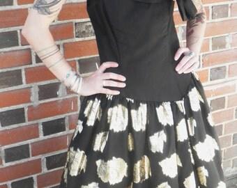 ON SALE Vintage 1980s Prom Dress Black and Gold Taffeta Crinoline Eighties Bell of the Ball Dress S/M