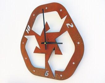 Recycle II, Medium Wall Clock, Rusted Wall Clock, rustic wall clock, unique wall clock, modern wall clock, steampunk wall clock