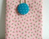 SALE/ iPhone 5 Fabric Case iPhone 5 Pouch iPod iTouch Case iPhone 5 Sleeve iPhone Cover Pink Strawberry iPhone Sleeve