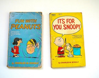 CHARLIE BROWN Peanuts Gang Vintage Children's Books Snoopy Charles Schulz