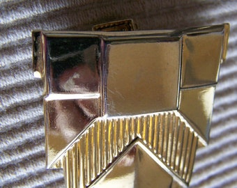 "Vintage 60''s ""JERI LOU Scarf SLIDE""/ Slider Gold Toned in a Shield Design with Clip"