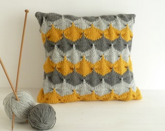 Scallop Knitting Pattern : Pillow knit pattern Etsy