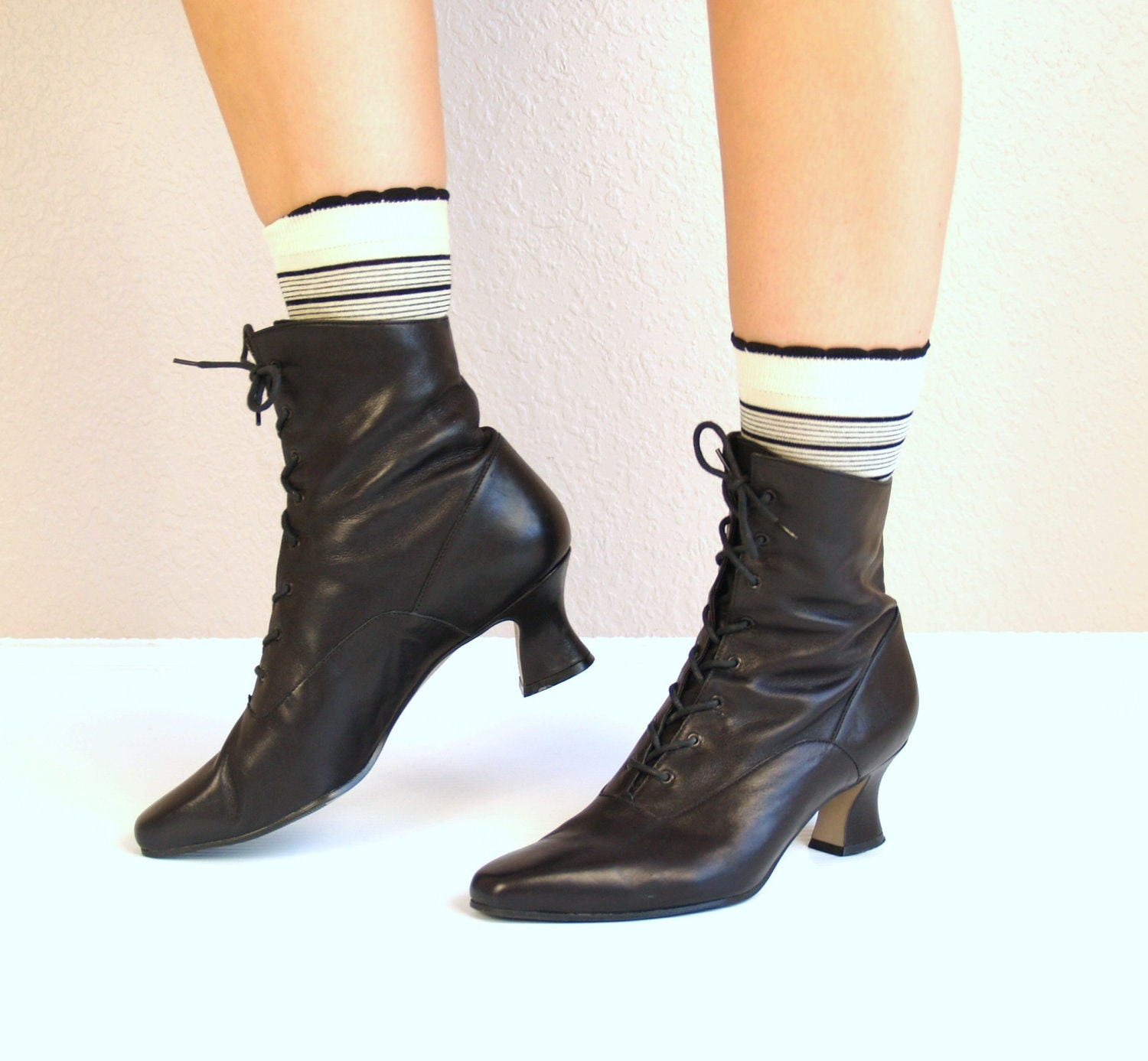 Vtg 80s Black Leather Victorian Lace Up Ankle Boots Granny