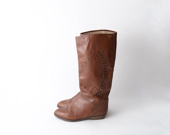 Vintage tan brown leather riding boots