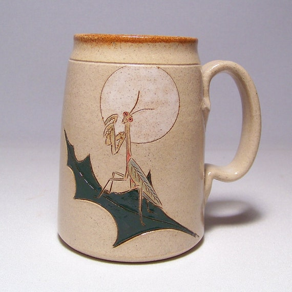 Praying Mantis Pottery  Mega Mug Limited Series 185 (24 ounce microwave safe)