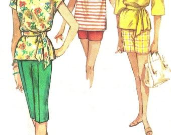 "Vintage Simplicity 3980 Bermuda Shorts, Pedal Pushers, Short Shorts & Pullover Top (3 styles) 1960s Sewing Pattern (Jr 9 - B30-1/2"")"