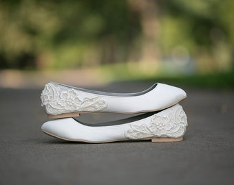 Wedding Flats - Ivory Wedding Flats/Wedding Shoes, Ivory Flats, Bridal Ballet Flats, Ivory Satin Flats with Ivory Lace. US Size 10