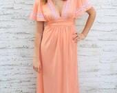 1970s Maxi Dress, Peach, Coral, Flutter Sleeve, Lace, Empire Waist, Pink, Orange, hippie boho Prom Dress (M)