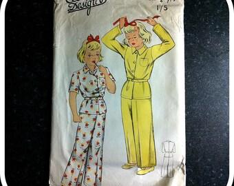Vintage Paper Pattern - ECONOMY DESIGNS E24 -Children's Pyjamas size 2 years 1940s
