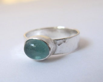 Aquamarine Silver Ring/ Sterling  Silver Ring with Aquamarine Gemstone/ Size 6.5