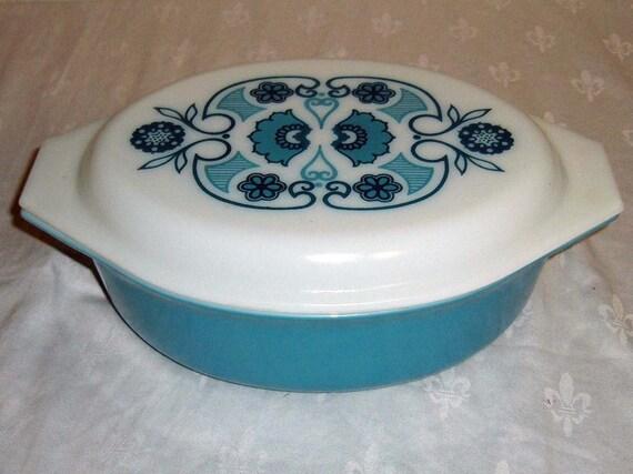 Pyrex Horizon Blue Casserole & Lid 1.50 Quarts Vintage 1970s Deep Turquoise Floral Scroll Pattern Kitchen Bake Ware