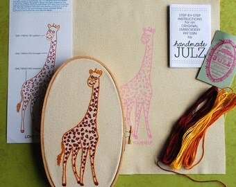 Love Yourself Giraffe : DIY EMBROIDERY KIT