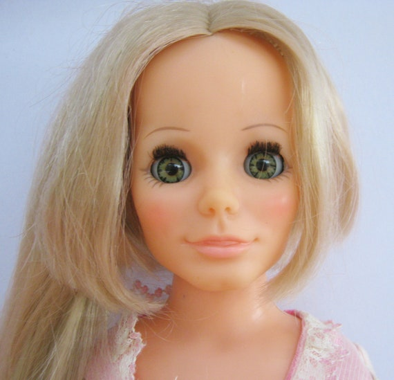 Vintage Ideal 1970 Kerry Grow Hair Doll Friend of Crissy