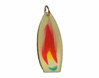 FLAME FLICKER CHARM 60s Vintage Kitsch