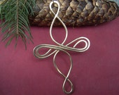Celtic Cross Christmas Ornament - Infinity Loops - Holiday Ornament, Celtic Decoration - Brass Wire - Handmade Gift - Celtic Cross Ornament