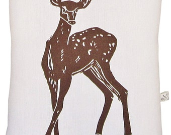 deer accent squillow pillow block print