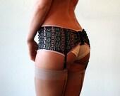 Paris Garter Belt Black with pink lace