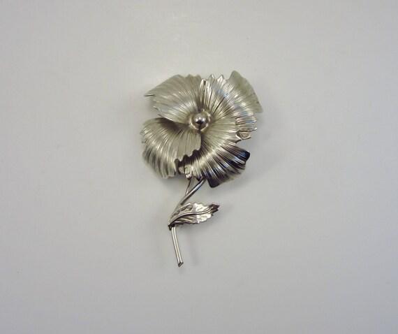 Vintage Silver Flower Brooch - Retro 1960's Pin - Mad Men or Rockabilly Look