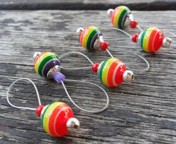 LAST ONES...Medium Knitting Stitch Markers Snag Free Resin Beads Rainbow Rounds set of 6 Fits Needles Up To 8mm