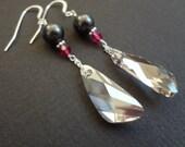 PINK OF NIGHT Pink and Grey Swarovski Crystal Bridesmaid Earrings. Pearl Bridal Jewelry. Drop Earrings. Sterling Silver. VIntage Style.