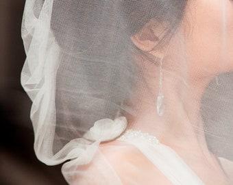 BOLD BRIDE Bridal Crystal Earrings. Crystal Teardrop Earrings. Swarovski Crystal Wedding Earrings. Vintage Style Bridal Earrings