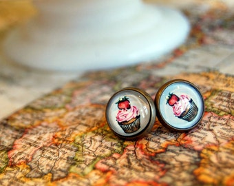 framed cupcake post earrings- dessert jewelry- vintage sweets