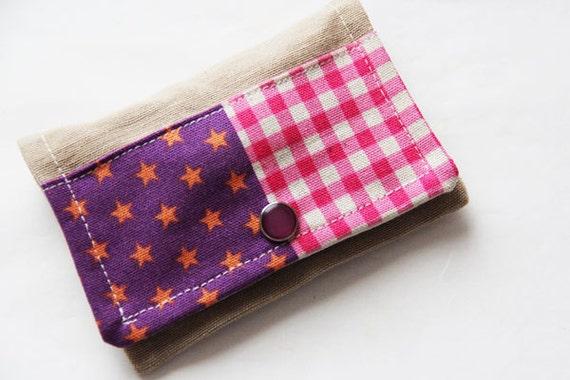 Sewing kit - purple - pink - threads - scissors - needle - pincushion - button - fixing - Vichy stars