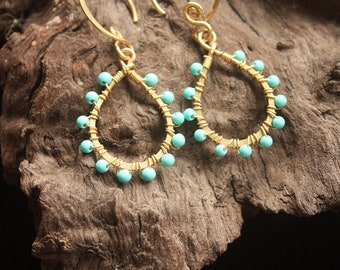 Small Tear Drop Turquoise Earrings (ce0158)