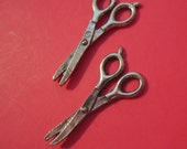 Craft Scissors Pewter Charms (pkg 2)