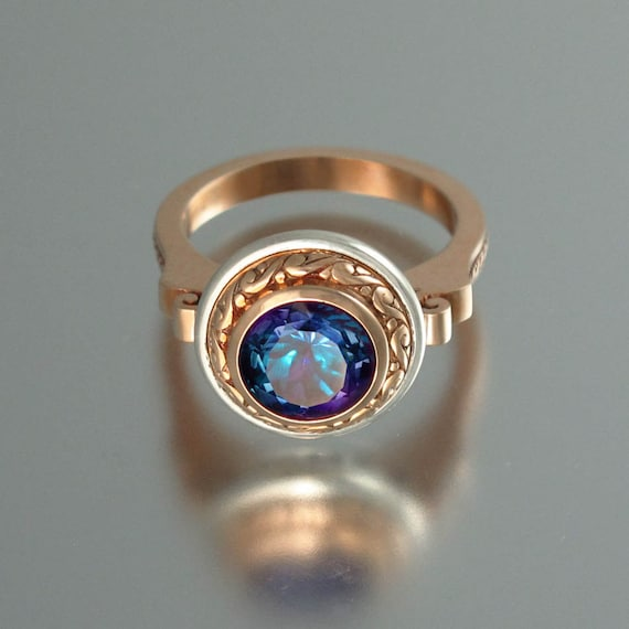Alexandrite Class Ring Gold MARIA 14K gold ring wi...