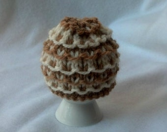 Egg Cozy Egg Cosy Egg Warmer - soft boiled egg wool cozy - tan and cream