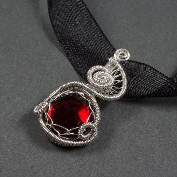 Temptation - Sterling Silver and Red Glass Necklace