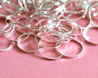 100pcs 12mm Silver Finish Smooth Rings EC18712MM-S