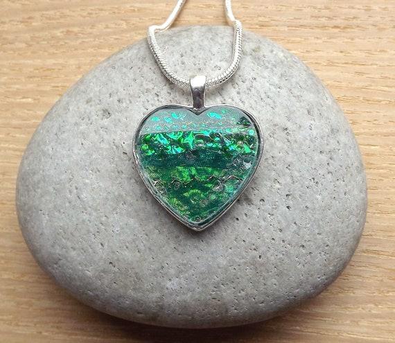 Pendant Heart Shimmering Green