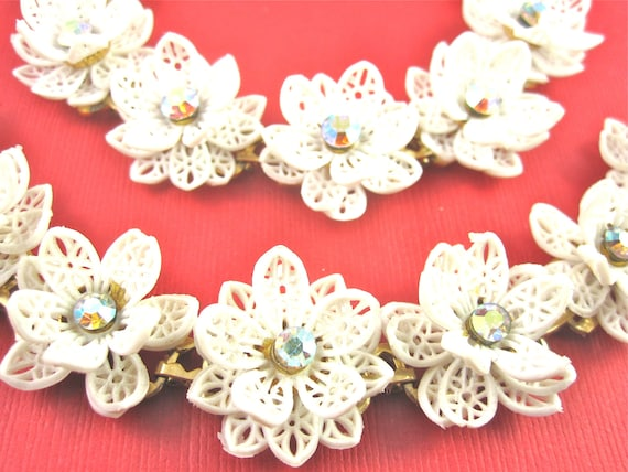Vintage White Celluloid and Rhinestone Flower Necklace and Bracelet