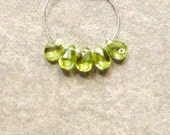 A Quality - Spectacular Peridot Faceted Pear Beads - 7-8mm - Set of 5