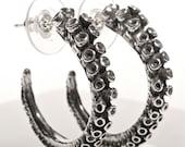 Octopus Tentacle sterling silver hoop earrings by zulasurfing