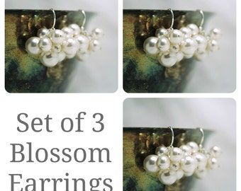 Set of 3 Bridesmaids Earrings, Swarovski Pearl Cluster Earrings, Bridal Party Gifts, Wedding Earrings, Bridesmaids Gifts, Bridal Earrings