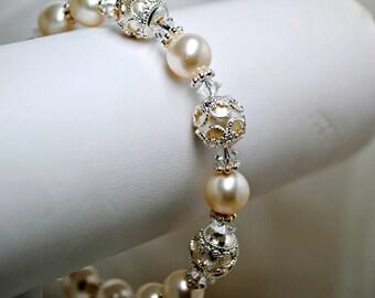 Victorian Inspired Pearl Bridal Bracelet, Filigree Bead Caps, Ivory Swarovski Pearls, Bridesmaids Bracelet, Bridal Party, Wedding Bracelet