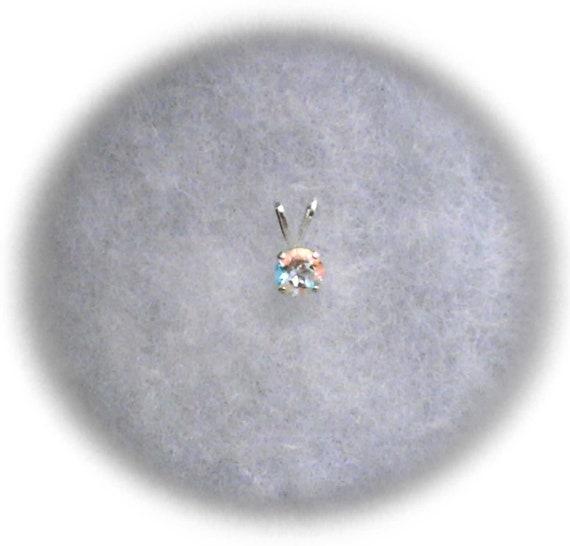 4mm Rainbow Mercury Mist Topaz in Sterling Silver Pendant