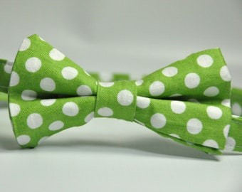 Boy's Bowtie - Green and White Polka Dot Bow Tie