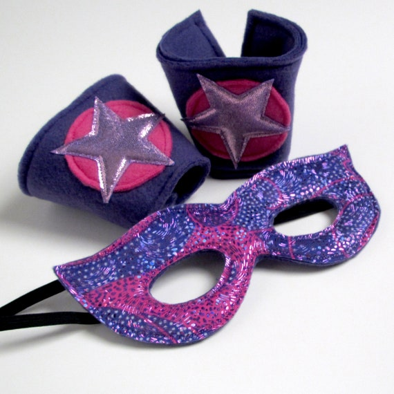 Super Hero Cuff & Mask - Pink and Purple (WOW070112-3)